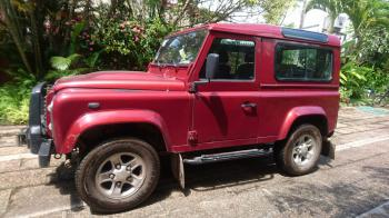 LandRover Defenter 2011